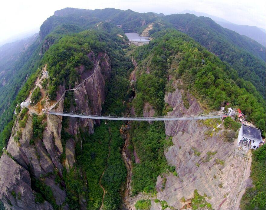 平江石牛寨高空玻璃桥上将举办瑜伽表演活动 - 景区